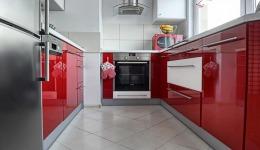 Meble kuchenne na wymiar śląsk - kuchnia czerwony lakier