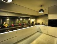 Meble kuchenne na wymiar śląsk - kuchnia biały lakier